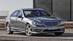 Mercedes-Benz-S-Class_AMG_Sports_Package_2010_800x600_wallpaper_03
